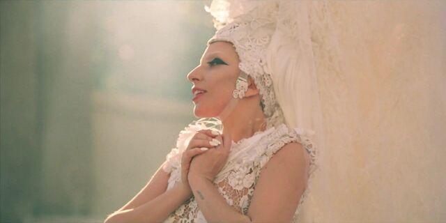 File:G.U.Y. - Music Video 021.jpg