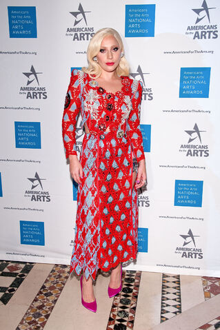 File:10-19-15 At National Arts Awards in NYC 001.jpg