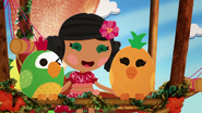 S2 E12 Parrot and Pineapple Bird 3