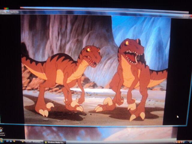 File:2 Raptors.JPG
