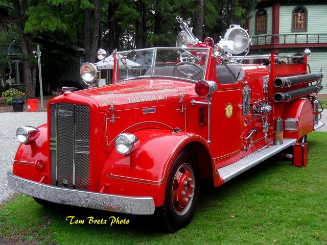 File:Glasstownharwood8-2011216.jpg
