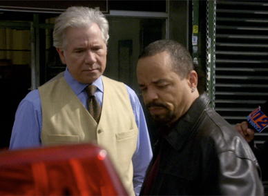 File:Detective Fin and Carver Anchor.jpg