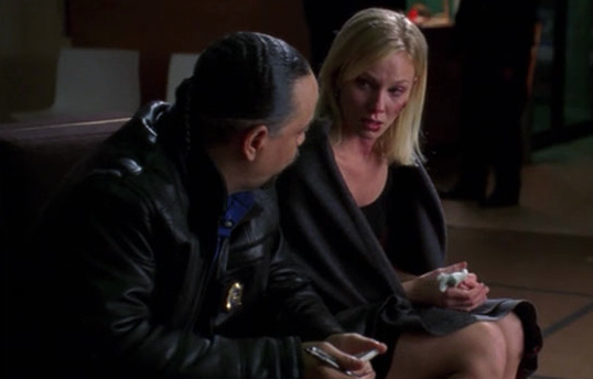 File:L&O SVU S8E12- Kara Bawson (Kelli Giddish as a guest-star).png