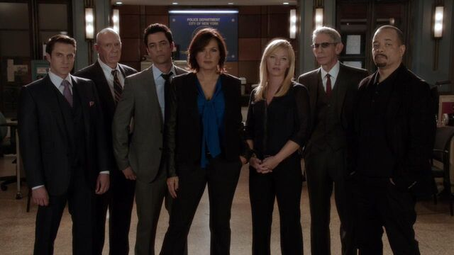 File:Law & Order SVU 15.jpg