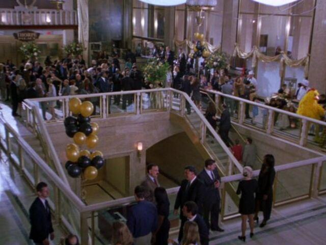 File:Thorpe Palace Hotel Opening.jpg