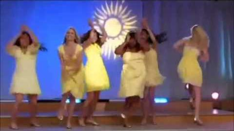Glee - Halo - walking on sunshine full performance-0