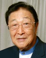 Akira Tago.jpg