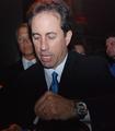 Jerry Seinfeld signingautographs