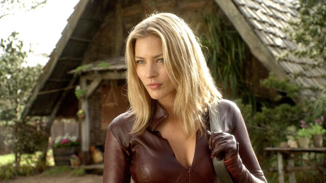 File:Tabrett bethell cara legend of the seeker.jpg