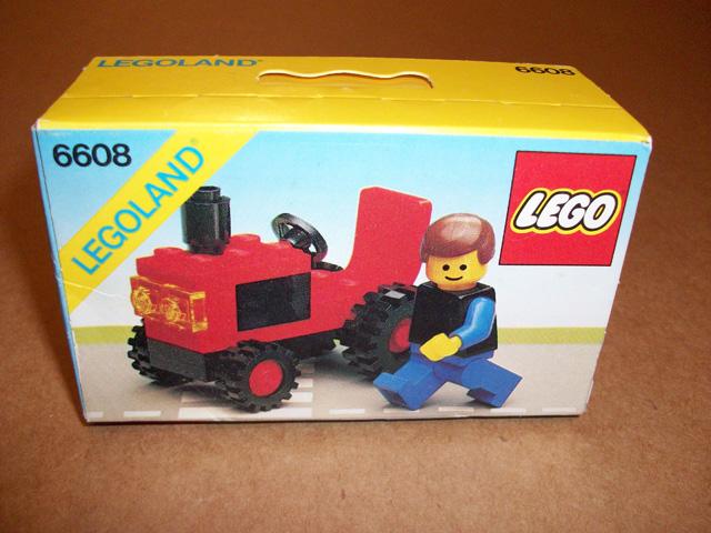 File:6608-Tractor.jpg