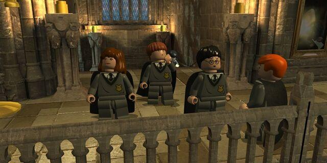 File:Lego2 Hogwarts students.jpg