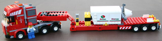 File:7747 Transporter mit Motor.JPG