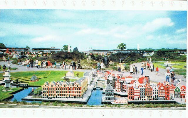 File:Postkaart Miniland Holland.jpg