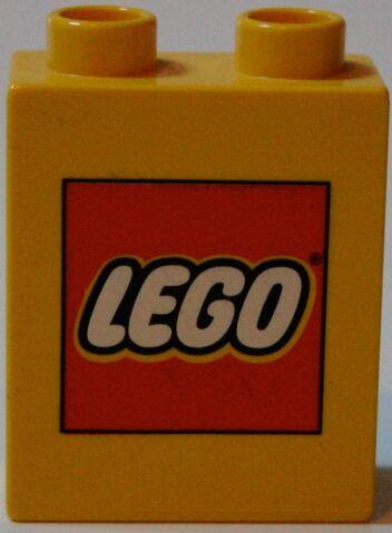 File:Legostein Eröffnung Hamburg Front.jpg