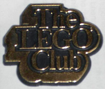 File:Pin03-The Lego Club UK Badge, Gold Text.jpg