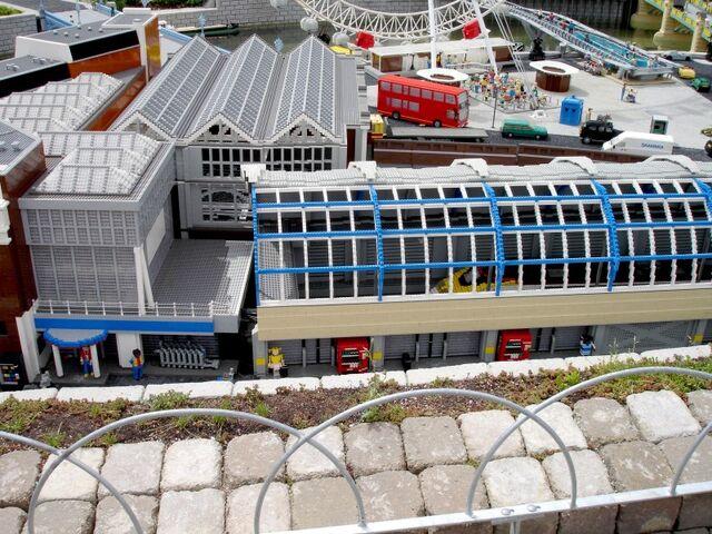File:Lego Waterloo Station.jpg
