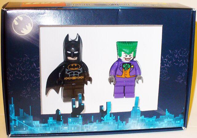File:Batman Comic-Con Exclusive.jpg