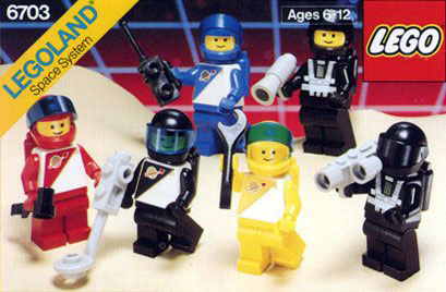 File:6703 Space Minifigures.jpg