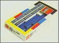 File:1968-72 -150 Straight Rails Pack Box.JPG