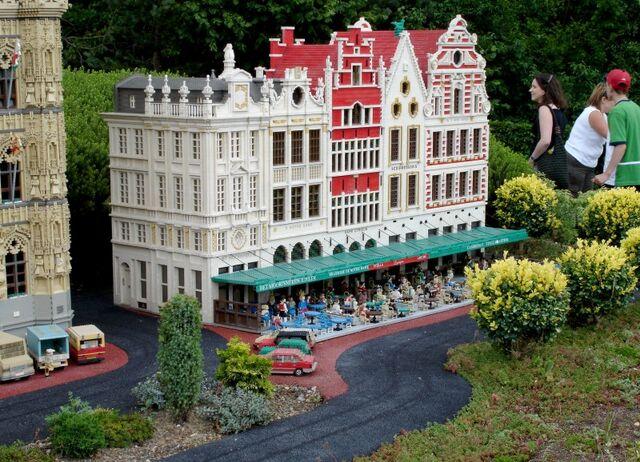 File:Lego Belgium 2.jpg