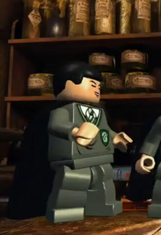 File:Lego-harry-potter-years-1-4-crabbe-character-screenshot.jpg