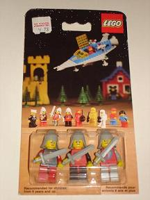 File:0016-Castle Mini Figures.jpg