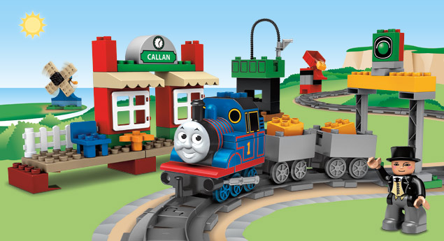 File:Thomas the tank engine DUPLO.jpg