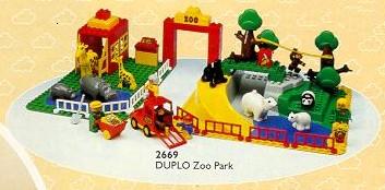 File:2669-Maxi Zoo.jpg