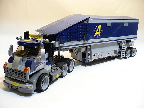 File:Lego Agents Truck.jpg