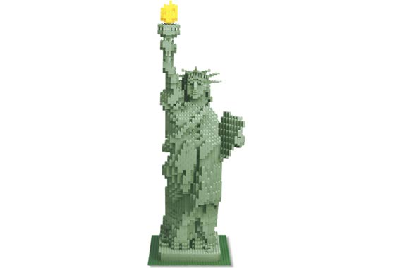 File:3450-Statue of Liberty Sculpture.jpg