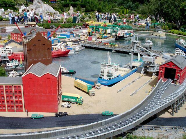 File:Lego Docks.jpg