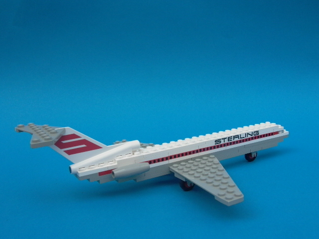 File:1552-Sterling Boeing 727.jpg