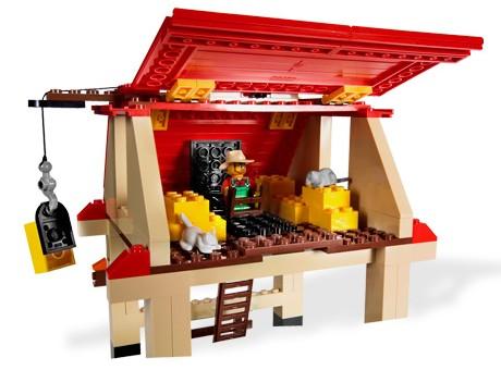 File:7637 Farm House.jpg
