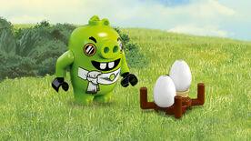 Lego-angry-birds-movie-Pilot-pig-primary