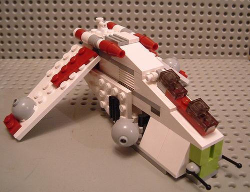 File:Mini republic gunship.jpg