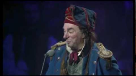 Les Miserables 10th Anniversary (HD) - Master of the House (13 41)