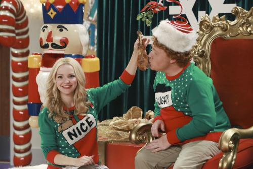 Resultado de imagem para liv and maddie joy to a rooney liv and artie