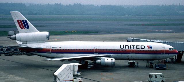File:United livery 80s.jpg