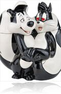 Pepe-le-pew-and-penelope-cookie-jar-from