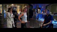 Looney-Tunes-Back-In-Action-brendan-fraser-14814065-853-480