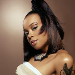 Left-eye-lisa-lopes-1
