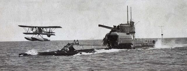 File:British Submarine HMS M2.jpg
