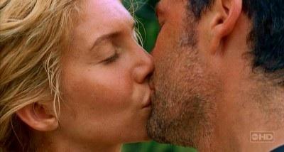 File:Juliet kisses Jack.jpg