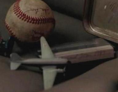 File:Toyairplane.jpg