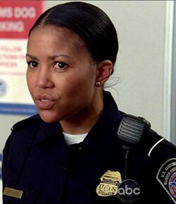 Agente Anne Brown