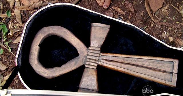 File:Ankh madera.jpg