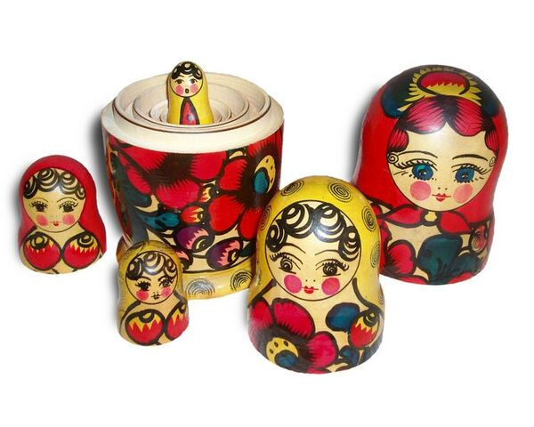 File:Matroshka no bg.jpg