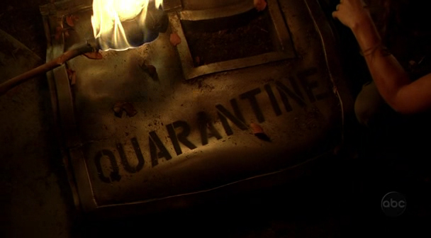 Archivo:QuarantineHatchDoor.jpg