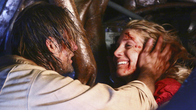 File:Sawyer finds Juliet trapped.jpg