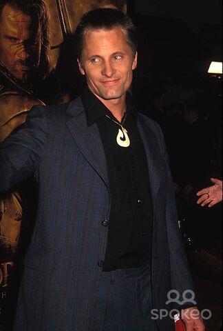 File:Viggo mortensen 2003 12 03.jpg